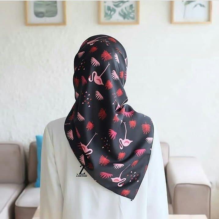 El Hijab Jilbab Segi Empat Maxmara Premium Flamingo Gen 2 Hijab