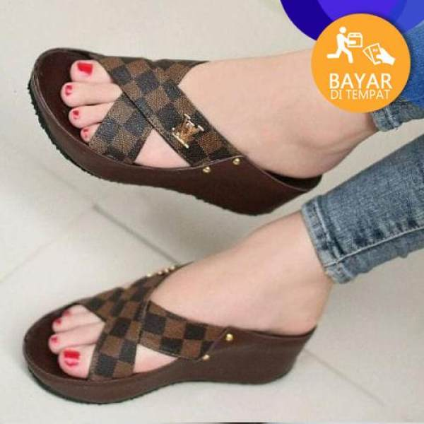 SANDAL WEDGES LV JH101