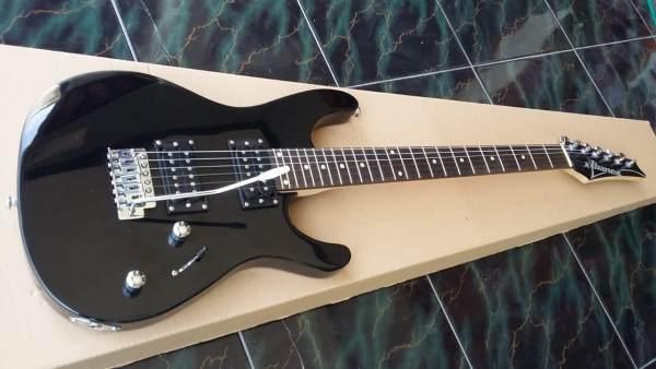 Gitar Elektrik Ibanez Alder CUSTOM