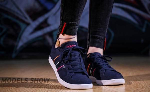 Kissshop-Sepatu Sneakers Olahraga List Pelangi