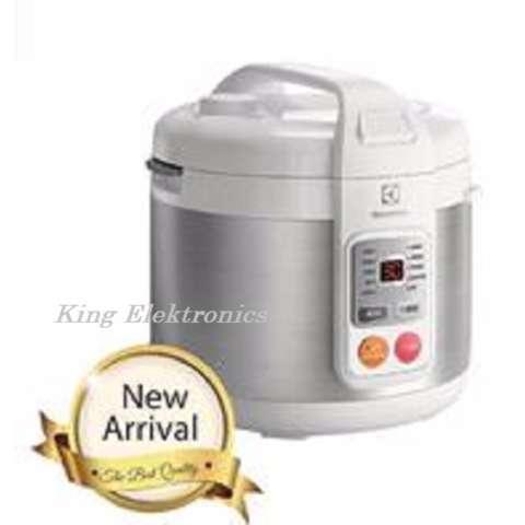 Jual Electrolux Rice Cooker Magic Com 18 Liter 650 Watt Erc3505 Digital Timer Led Display Harga Rp 685.000