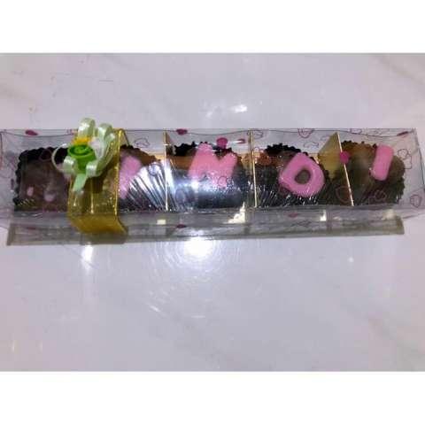 Home; Coklat Valentine Ulang tahun request nama dan karakter cocok Hadiah