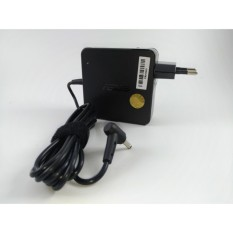 ASUS Original Adaptor Charger Notebook Laptop K K40IJ P P50IJ A2 A2000L A3 A3000 A5 A5E A6A A6000 A8 A8E A9 A9RP B5 B50A Series  19V 3.42A Petak Kotak (5.5*2.5)