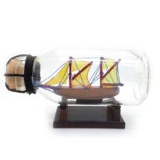 Central Kerajinan Miniatur Kapal Pinisi Dewaruci dalam Botol 11x6x5 cm