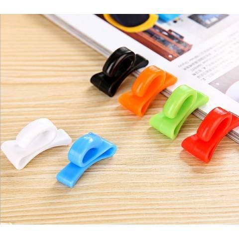 Look 2 Pcs Mini Hanger for Bag Gantungan Kecil Untuk Tas / Koper - Merah Hijau