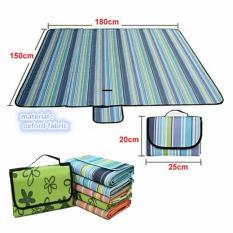 Tikar Tamasya Piknik Lipat Karpet Outdoor Perlengkapan Rekreasi Mudah Kemas Tas Tikar Bahan Nylon Fleece Fabric Waterproof  Warna Randoom