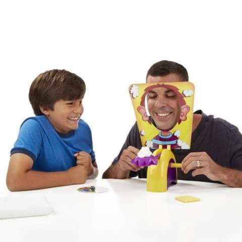 Mainan anak Pie Face Showdown Cream Lucky Cake Party Trick Running Man. Mainan . Source