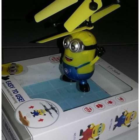 Flying Toy - Mainan Anak Terbang - Karakter MINION - sensor tangan