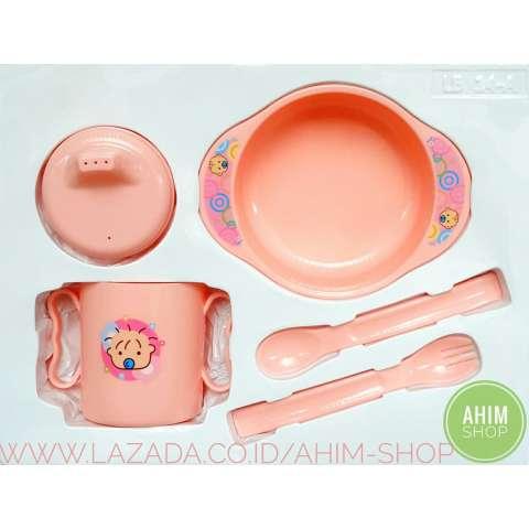 Lusty Bunny Feeding Baby Gift Set BPA Free / Peralatan Makan Minum Bayi isi 5 Pcs - Pink