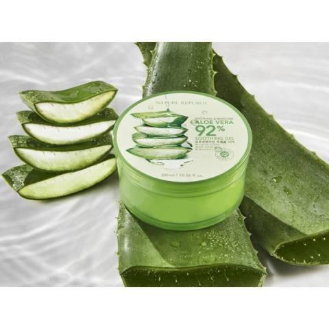 Nature Soothing & Moisture Aloe Vera 92% Republic Soothing Gel Lidah Buaya - 300ml
