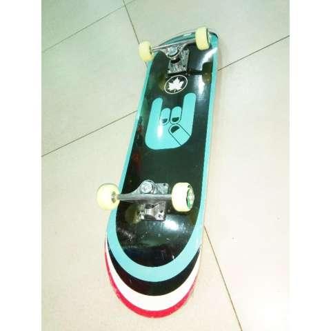 ... Silverfox Skateboard Maple Blue Fingered