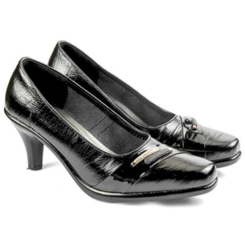 Beli Everflow Vky 721 Women Fashion Sepatu Kerja Kantor Pantofel Kulit Formal  Heels Wanita Hitam Harga 31f800a155