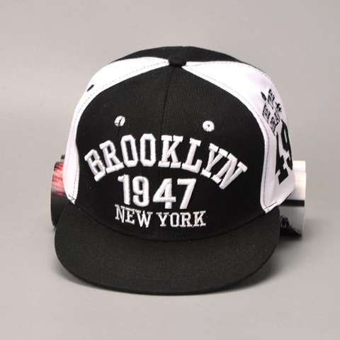 Topi Hip Hop Topi Bisbol Dapat Disesuaikan Kilas Balik Fesyen (Hitam +  Putih)- 1d0bddc6a8