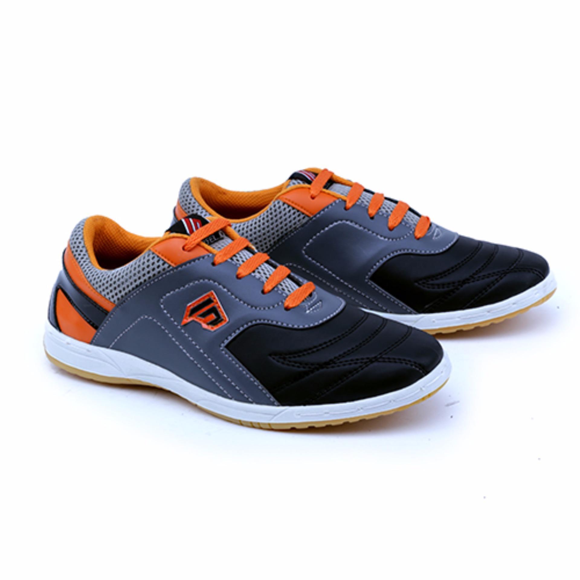 Fashionable Garsel Sepatu Olahraga Futsal Shoes Pria GRG 7506 Bahan Synth