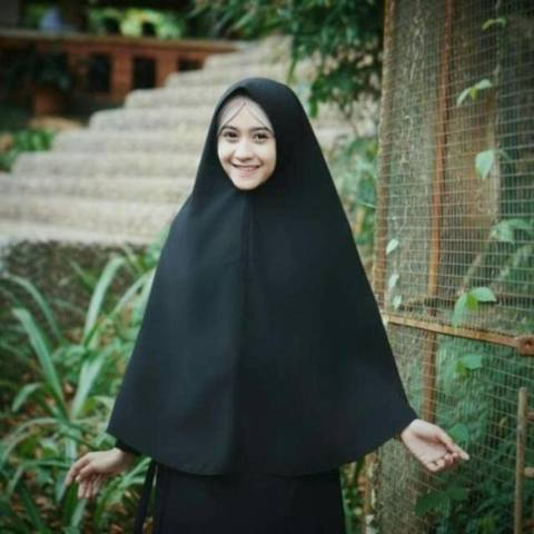 ... x 130 Segi Empat | Kerudung Jilbab Instan Khimar dan. Source · Hijab Jumbo Syari dengan Pet