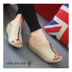 HS Sandal Wanita Wedges MR81 Cream
