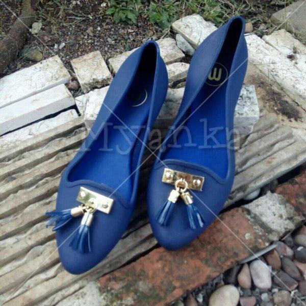 Jelly Shoes Flat Lonceng ( Biru Dongker )