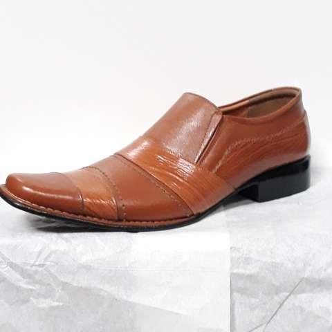 Kicker Sepatu Sepatu Kulit Formal Pria - Men s Leather Formal Shoes YR-09 42f24c8e8e
