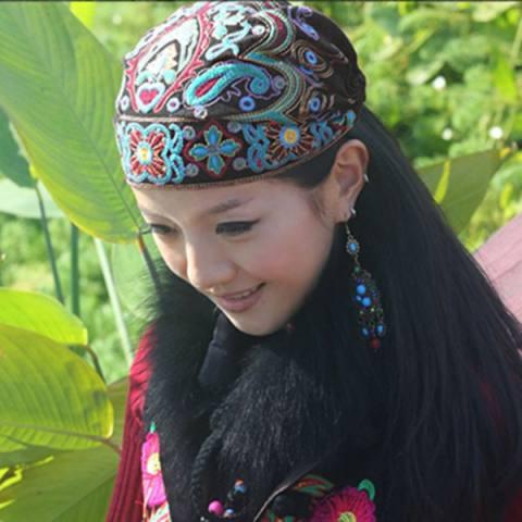 Balap Asli Breeze Bordir Bunga Topi Di Yunnan Menghidupkan Kebiasaan Lama Cina Breeze YANG BAGUS Jilbab-Internasional 2