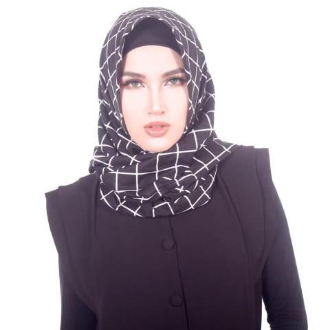 Parisku Jilbab Hijab Segiempat Katun Square Monochrome Blackbox