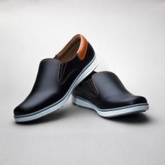 Salvo sepatu kets sneakers dan kasual pria / sepatu kasual kanvas / sepatu sneaker pria / sepatu pria / sepatu sneaker murah /sepatu pria casual /sepatu pria kasual / sepatu pria kulit / sepatu pria murah /sepatu pria slip on RK02-Hitam