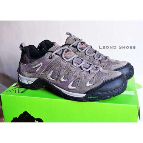 Sepatu Gunung Karrimor Summit 00 - Cek Harga Terkini dan Terlengkap ... d8b8a2c5d8