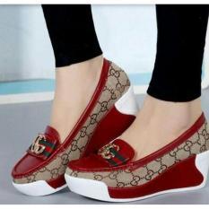 Sepatu Slip On Wanita Merah Abu DN