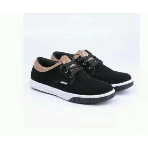 utk Jalan, santai ,kuliah,. Source · Sepatu Sneakers Pria .