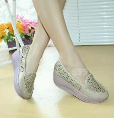 sepatu-wanita-murah-terpercaya-6088-66302456-95dd53685b22ebc2b194f7c725a02d25-catalog_233 10 List Harga Sepatu Wanita Online Terpercaya Paling Baru tahun ini
