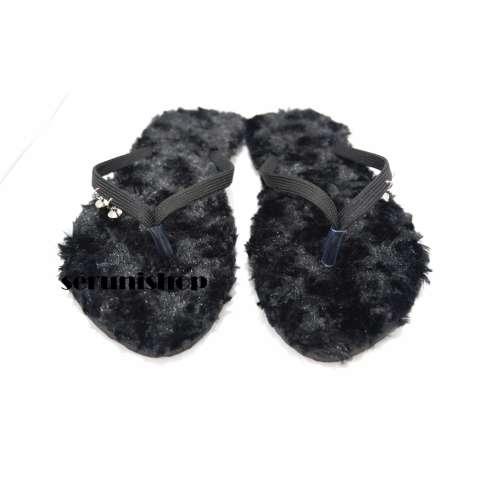 Seruni Flat Sandals Jepit Bulu Hitam