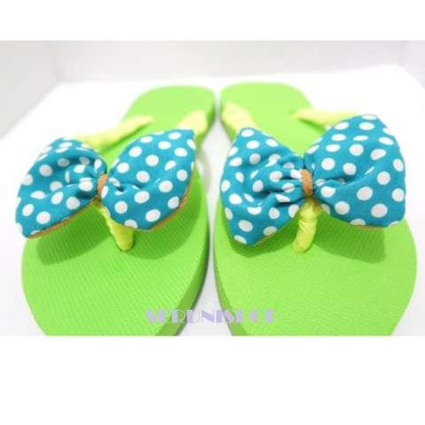 Seruni Flat Sandals Jepit Pita Polka Hijau