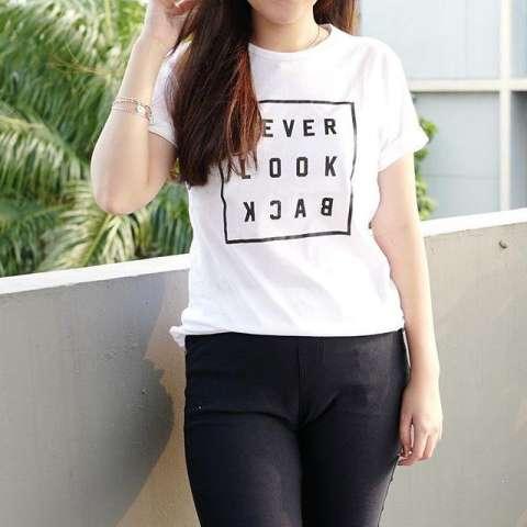 Rooster Star / Kaos Lengan Pendek / Kaos Wanita / T-Shirt NEVER LOOK BACK