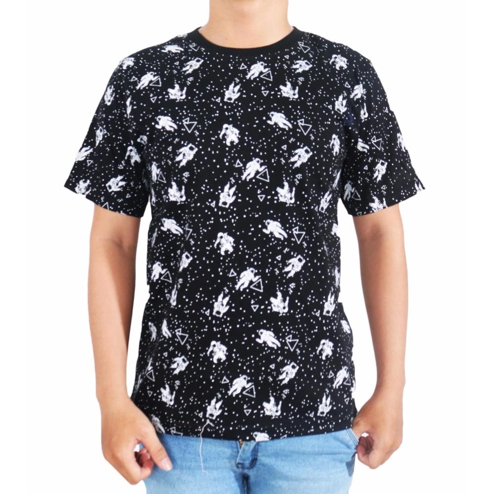 Vanwin - Kaos T-Shirt Distro Premium Pria Astronout - Hitam