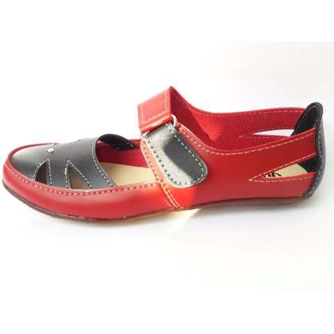 Yutaka Sepatu Wanita Slip On / Flat Shoes Merah Hitam
