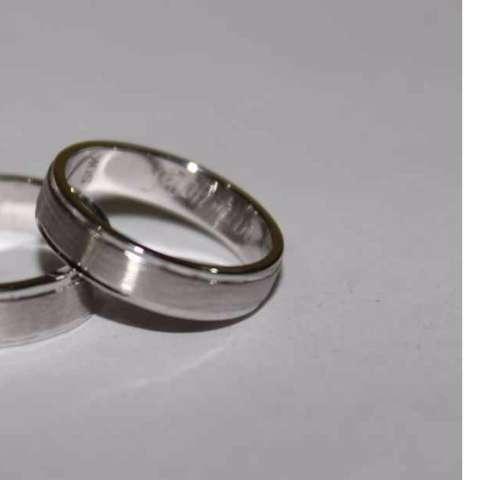 cincin pernikahan pria halal tanpa emas bahan perak 925 rhodium