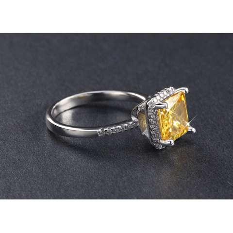 Cincin Silver Lapis Emas Putih Berlian Imitasi Batu Solitaire Kuning Kotak