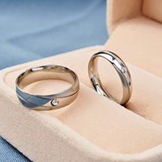 [Bisa Bayar Di Tempat] 2 Cincin + Kotak Cincin Couple / Kawin / Nikah Titanium Original