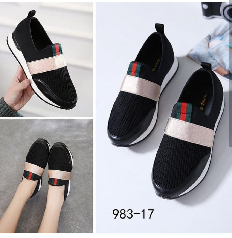 Kiss-Shop-Sepatu Wedges Trendi Lis Tengah Abe New 29510a5d73