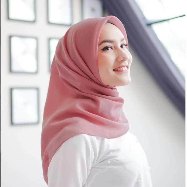 Hijab Segi Empat Polos / Jilbab SegiEmpat Polos / Kerudung