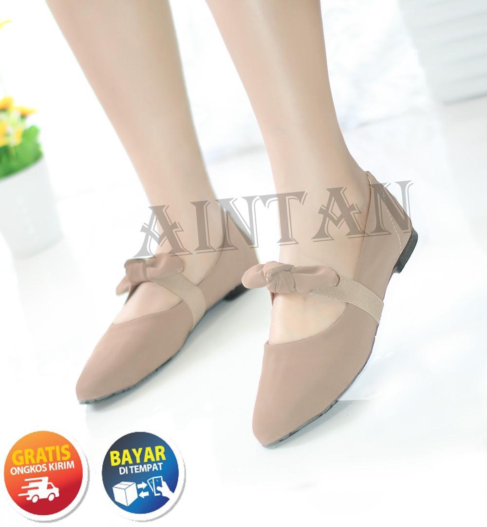 Woman Choice Flat Shoes Develop 02 - Sepatu Balet - Hitam. Source · Aintan Flat Shoes Wanita Develop Sepatu Slip on Wanita