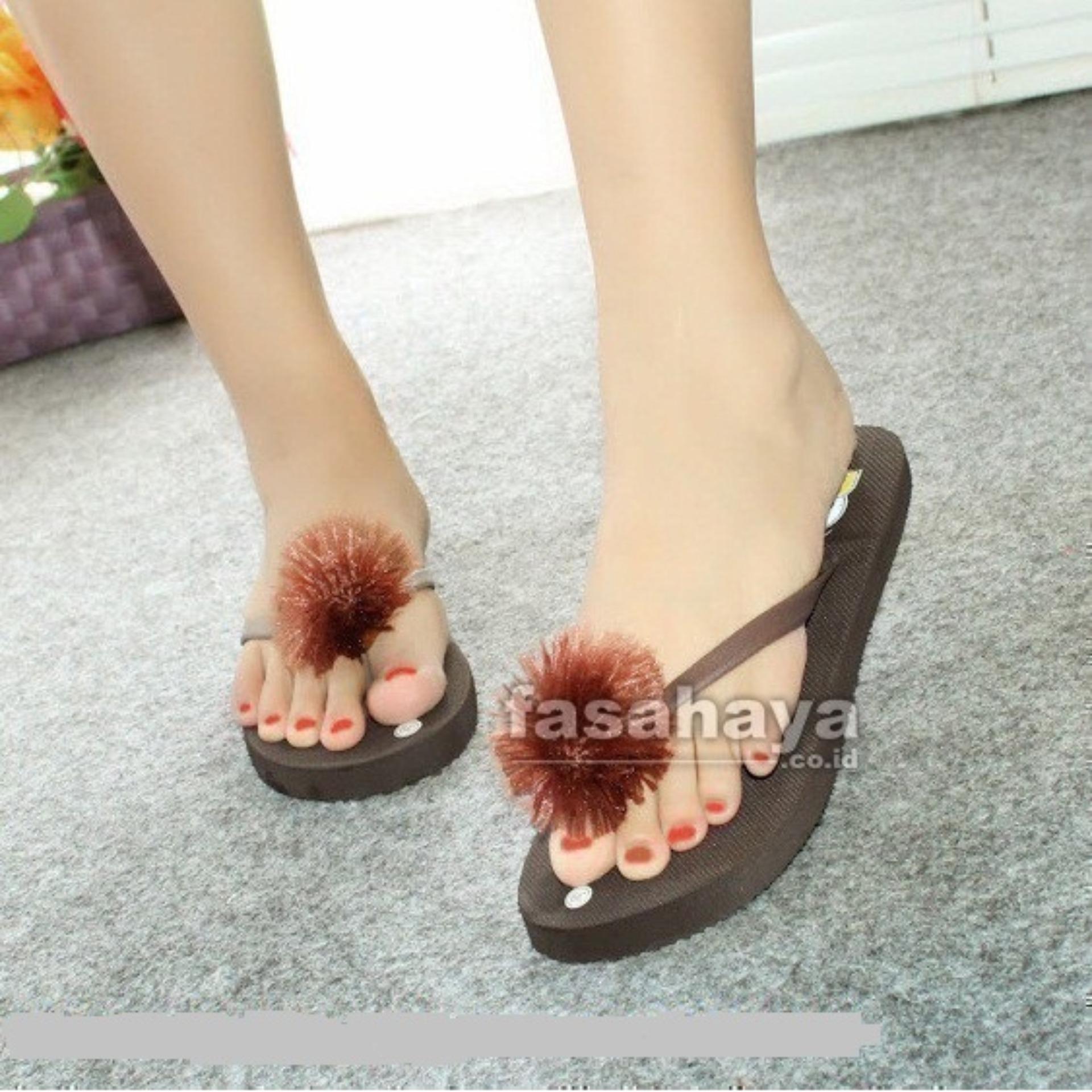 Fasahaya Sandal Pompom Sendal Pompom Wanita Jepit Spon Teplek Santai Cantik Terbaru Murah Meriah JPT02