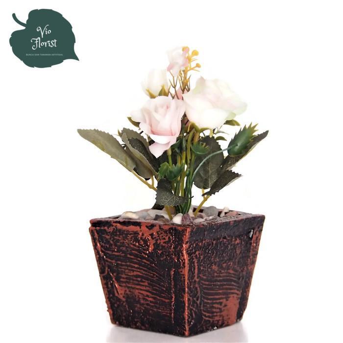 Vio ID - Bunga Artificial - Bunga Hiasan Meja Kantor - Tanaman Hias Bunga  Mini Italy 91d5044cb4
