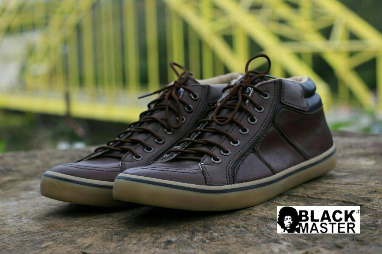sepatu kasual sneaker pria kulit black master geox original
