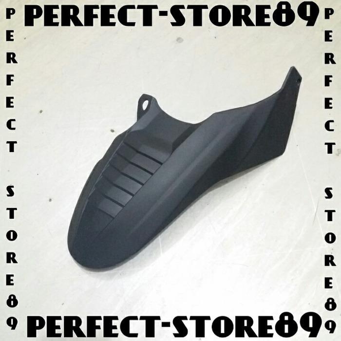 Spakbor Kolong / Hugger Shark Vario 150 & 125 Hitam Doff