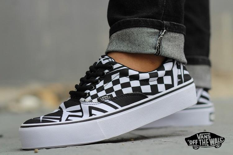 PROMO SEPATU Vans Off the Wall Starwars Sneakers Pria CATUR TRIBAL Kets  Casual Fashion 4fc18b9641