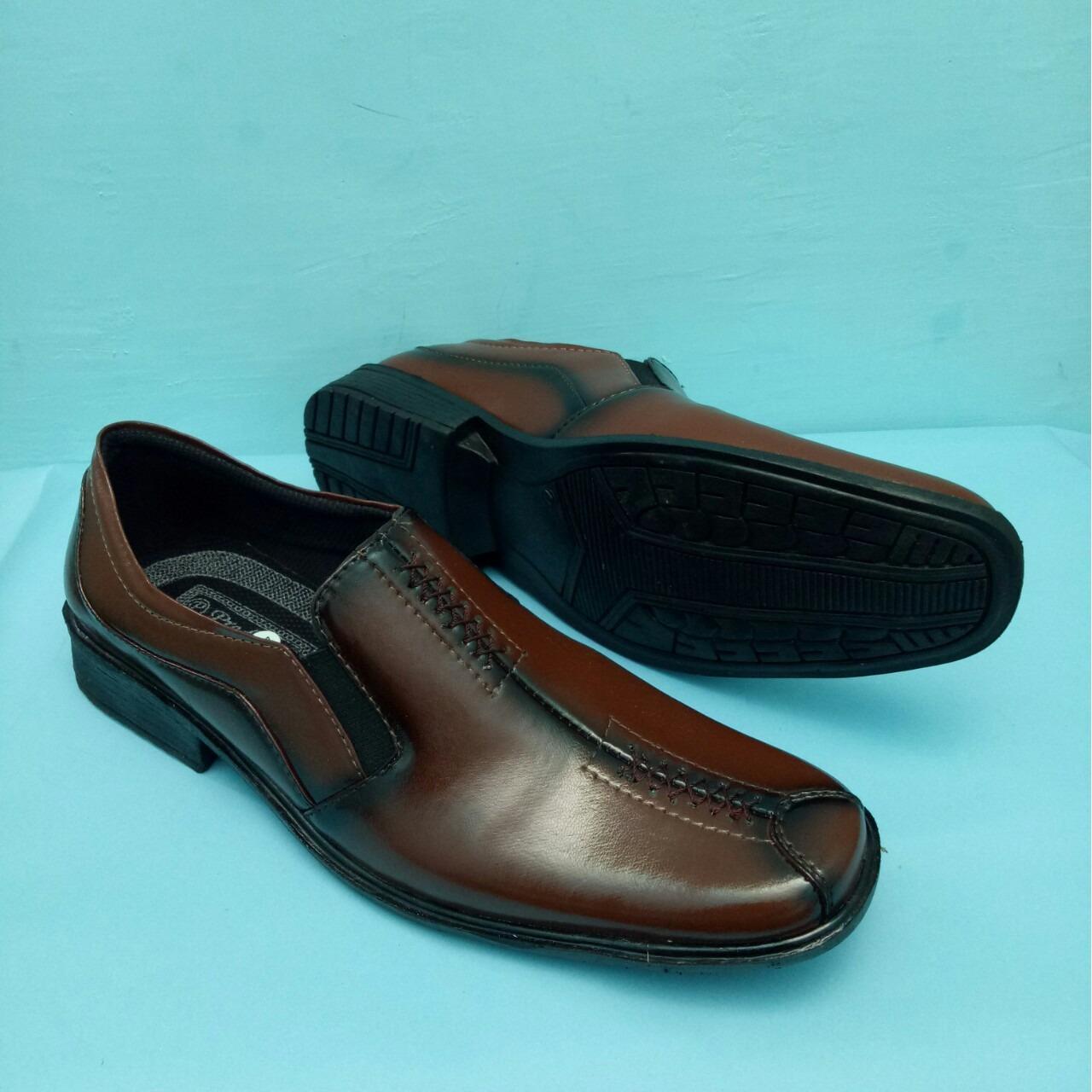 Handymen Ps 02 Sepatu Pria Hitam Daftar Harga Terbaru Terlengkap Sf Jenis  Laki Dan Model Perempuan d97ae0bd05