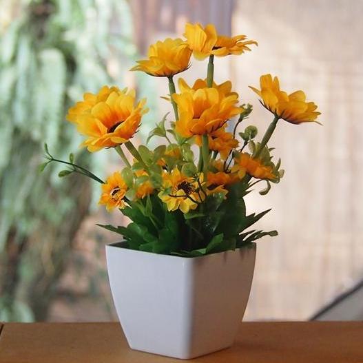 Vio ID - Bunga Artificial - Bunga Dekorasi Dan Pajangan - Bunga Matahari Pot  Kotak Hiasan df7b42869a