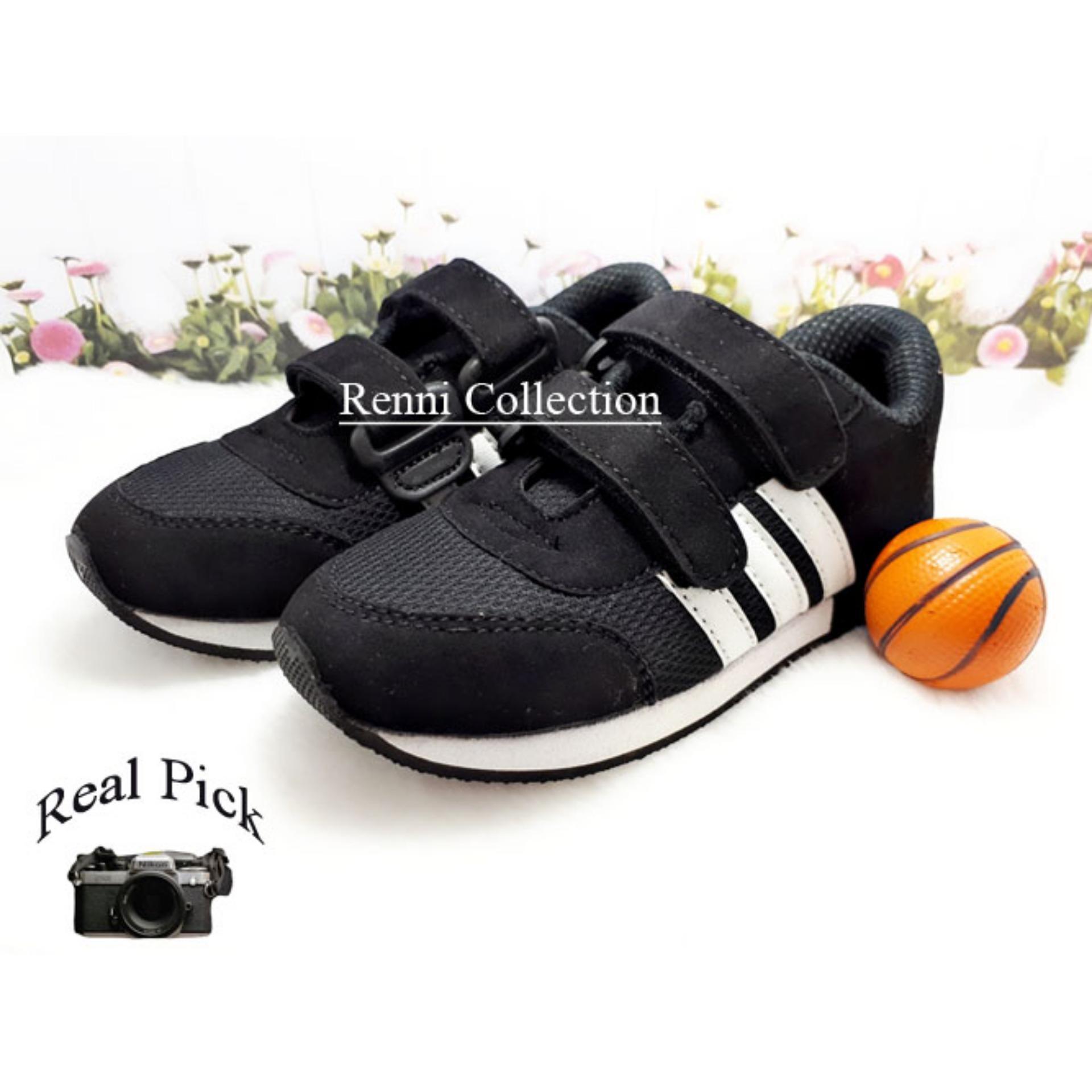 sepatu sneakers anak laki-laki hitam plat putih