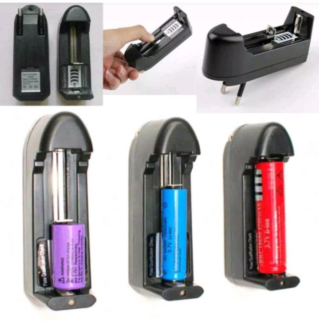 Charger baterai senter swat 1 slot / Charger Baterai Desktop Single Slot Baterai Vape Rokok Eletrik
