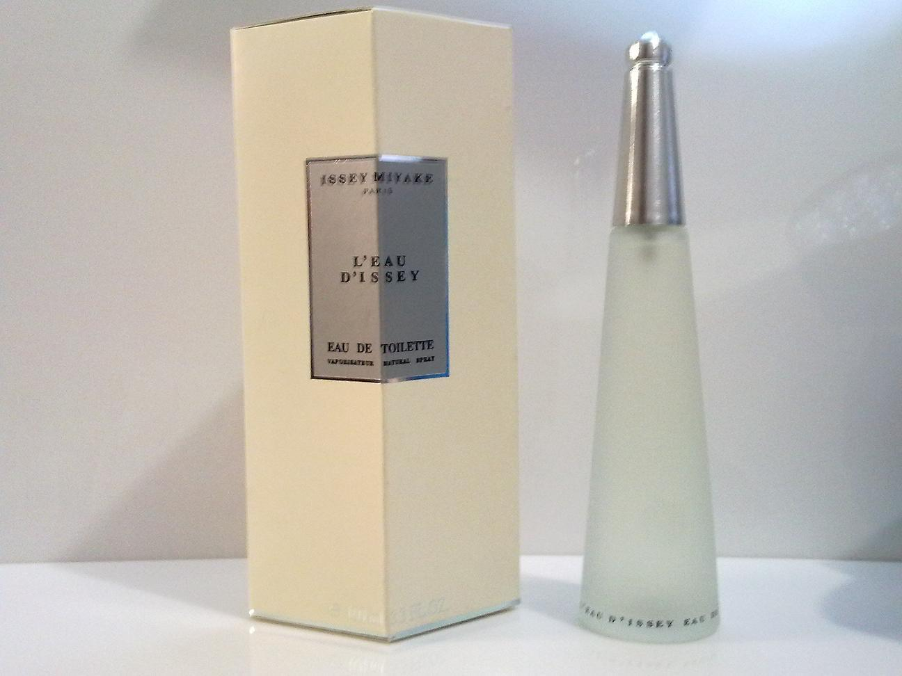 Parfum Wanita Daftar Harga November 2018 Senswell Eau De Cologne Midnight Fantasy 250 Ml Issey Miyake L D 100 Original From Singapore